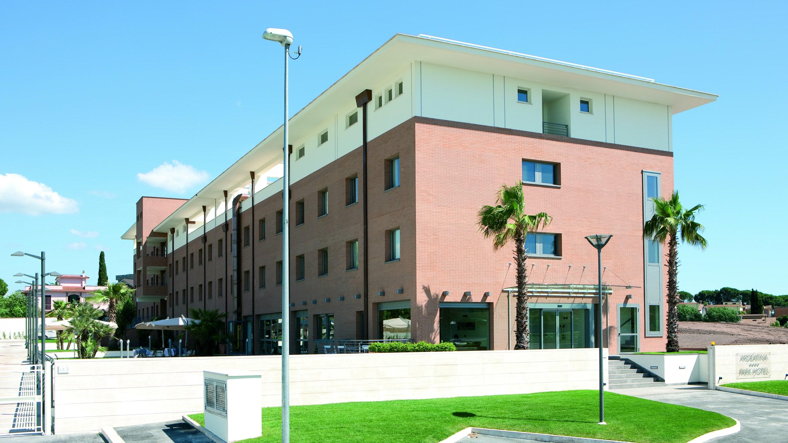 ardeatina-park-hotel-externo-01